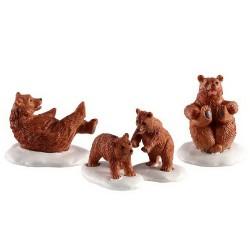 Famille d'ours dans la neige